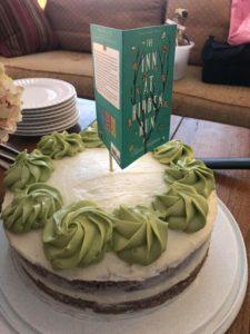 Olivia Newport cake with Inn at Hidden Run cake topper